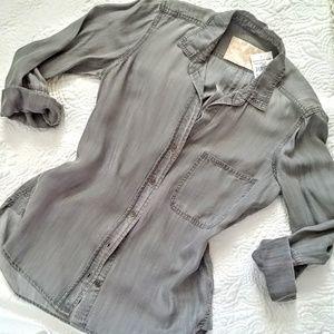 SALE⭐Bella Dahl grey chambrey 3/4 sleeve shirt,